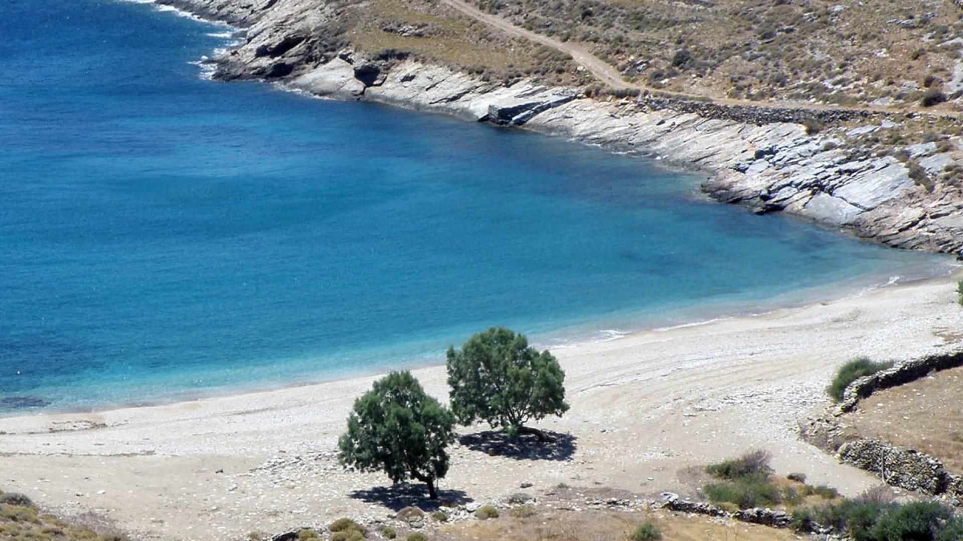 Rent A Wreck >> Greece island Kea| Yacht rent | AA-Charter.com